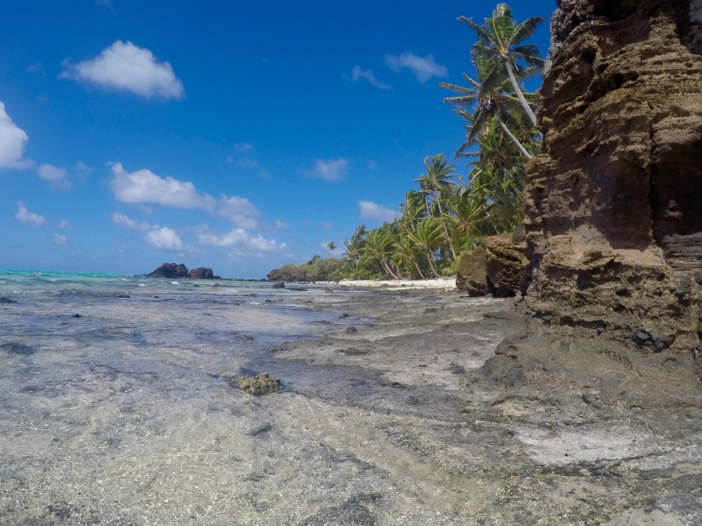 Moturakau Island - Where the white tern colony and a cave formation is located.